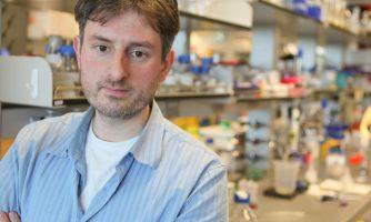 بیوشیمیدان ایرانی دانشگاه پرینستون، برنده جایزه «مک آرتور» شد