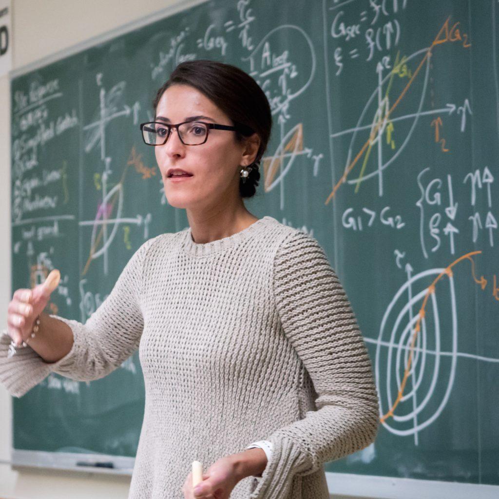 دانشیار زن ایرانی، برنده جایزه پژوهشی انجمن مهندسان عمران آمریکا شد