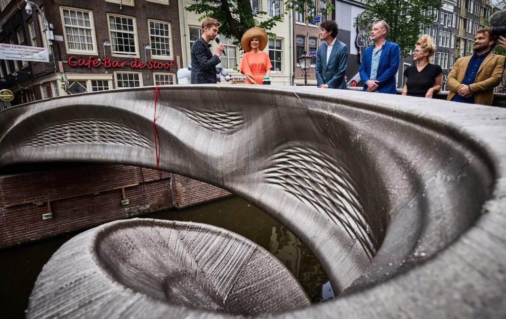 رونمایی از پل فولادی چاپ سهبعدی در آمستردام